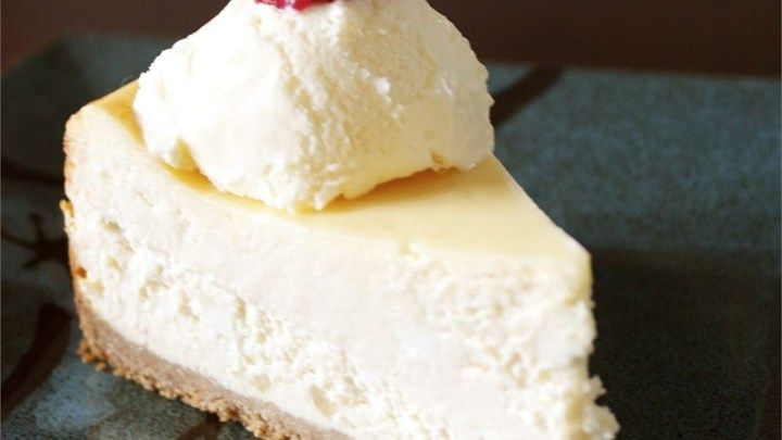 Why go to the Cheesecake Factory to get a taste of this favorite dessert when you can make your own cheesecake at home with this recipe?