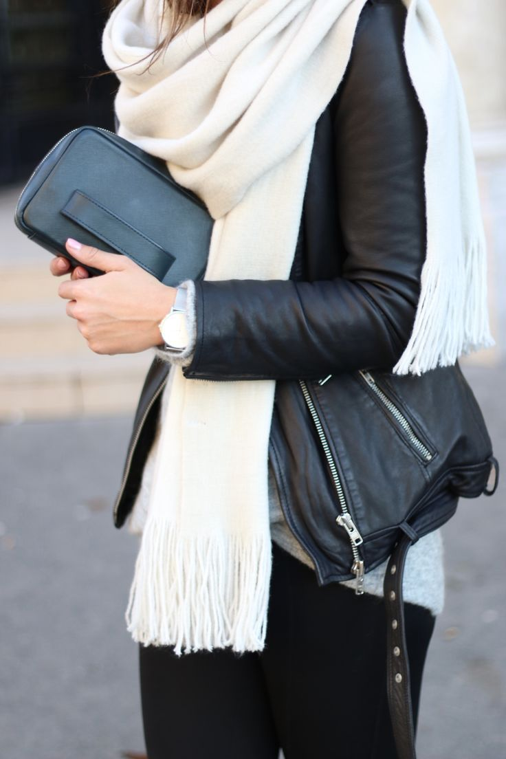 Latest fashion trends: Street style | Leather jacket and handbag with oversize off white scarf