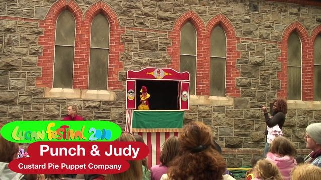 Awesome performance from Custard Pie Puppet Company stormed the Lucan Festival.