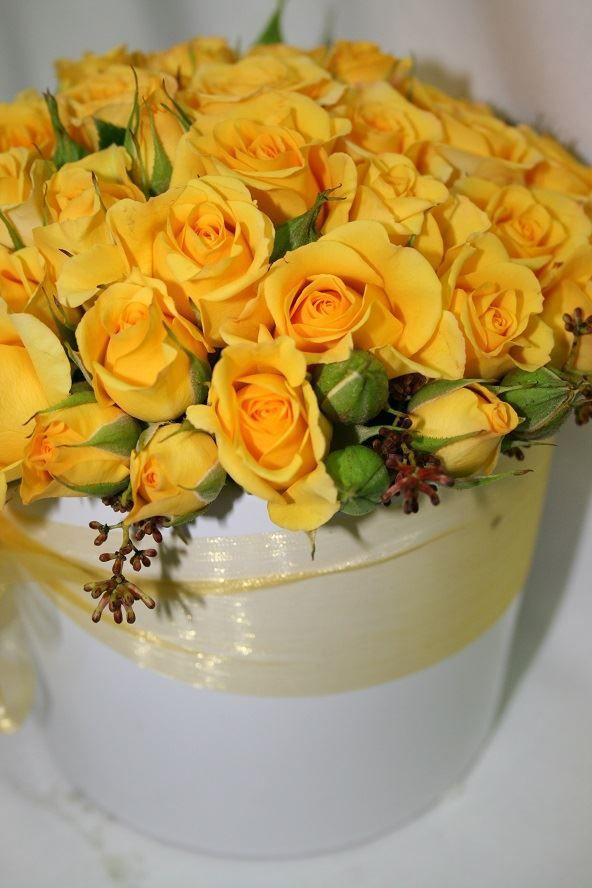 Mini Roses Arrangement