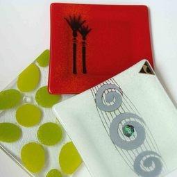 Small NZ Souvenirs | Lovely hand-made platter with Koru & Paua