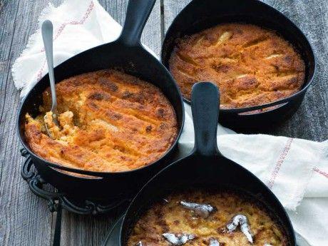 Morotslådan är godast nylagad, men morotsmoset och gröten kan förberedas dagen före servering.