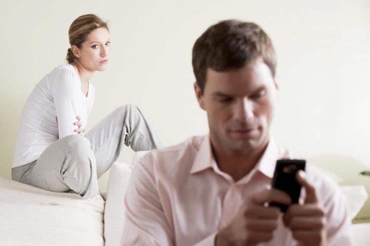 Зачем женатые мужчины на сайтах знакомств