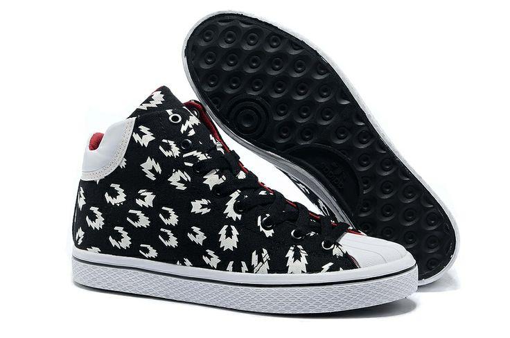 black Adidas Vulc Star W skate sneakers