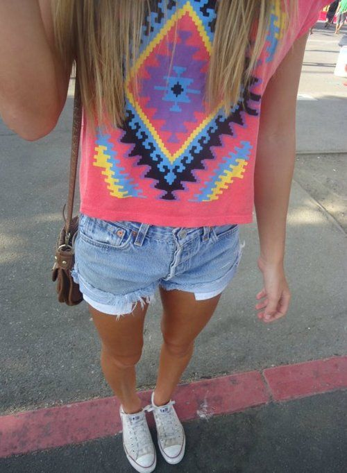 Perfect summer outfit.  Outfit- Coral shirt with tribal design, high-waisted? light denim shorts, and light grey converse.