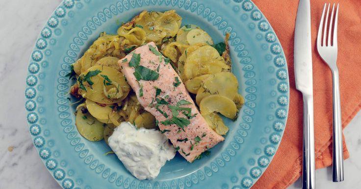 En härligt kryddig och smakrik gryta på lax, potatis och fänkål. Rätten går snabbt att laga och passar hela familjen!