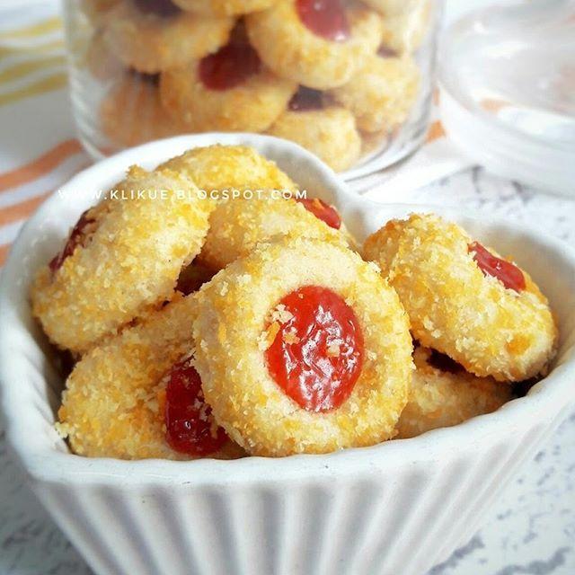Resep Kue Kering Janda Genit Bahan Bahan 250 Gram Tepung Terigu Protein Sedang 50 Gram Tepung Maizena 70 Gram Gu Cookie Recipes Yummy Cookies Berry Cookies