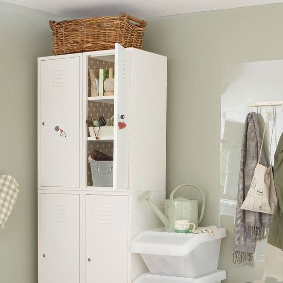 Locker room cabinets | Boot room storage ideas | Boot room | Hallway storage ideas | Storage solutions | PHOTO GALLERY | Housetohome