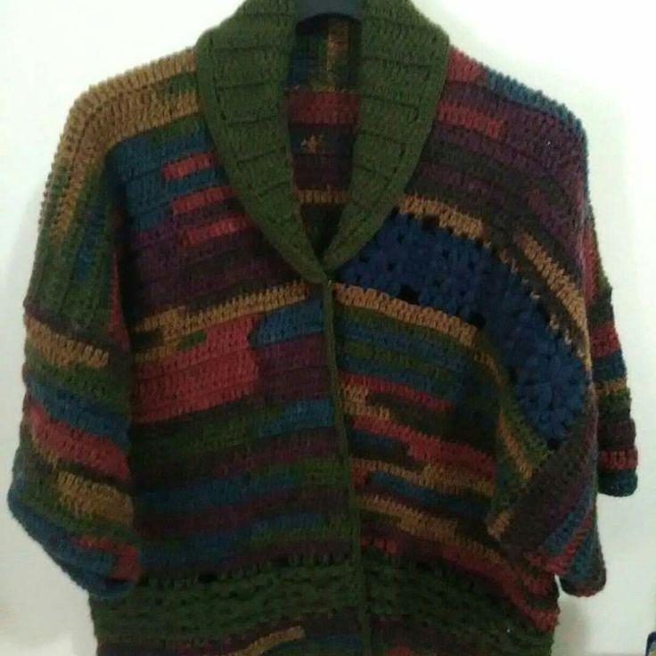 Bellissima giacca, in filato italiano, morbido e caldo