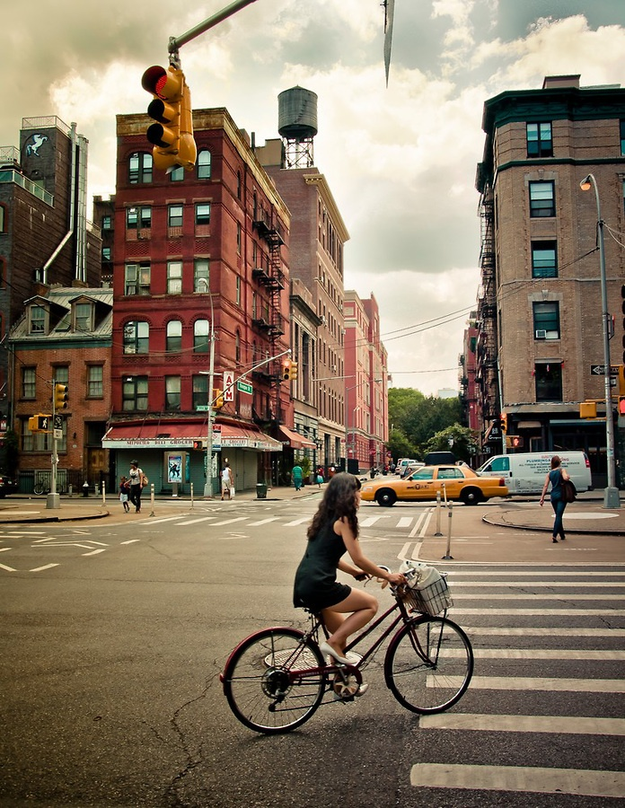 Rivington Street and Allen Street in the Lower East side | Manhattan | New York