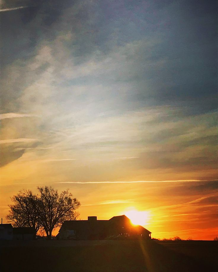 33/365.  First Sunrise of February on a gorgeous (but cold) Friday.  Taken in Opolis / Pittsburg Kansas on February 2, 2018.  #Sunrise #Friday #Kansas #Pittsburg #Opolis #beautifulmorning #beautifulsky #February #Winter #Bright #Yellow #Red #Orange #Blue #sun #happiness #joy #love #faith #hopeful #kindness #forgiveness #positivity #positivevibes #behappy #bekind #bepositive #newyearsresolution #photography #freedom