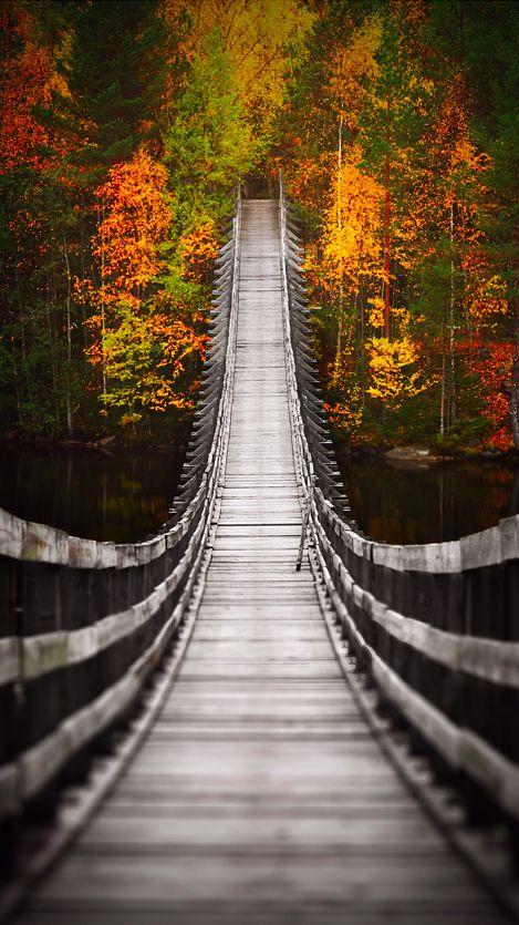 Suspension bridge over the Oulujoki River in Utajärvi ...