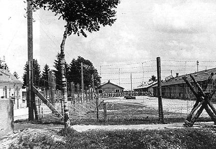 Dachau barracks in 1933 were old factory buildings.