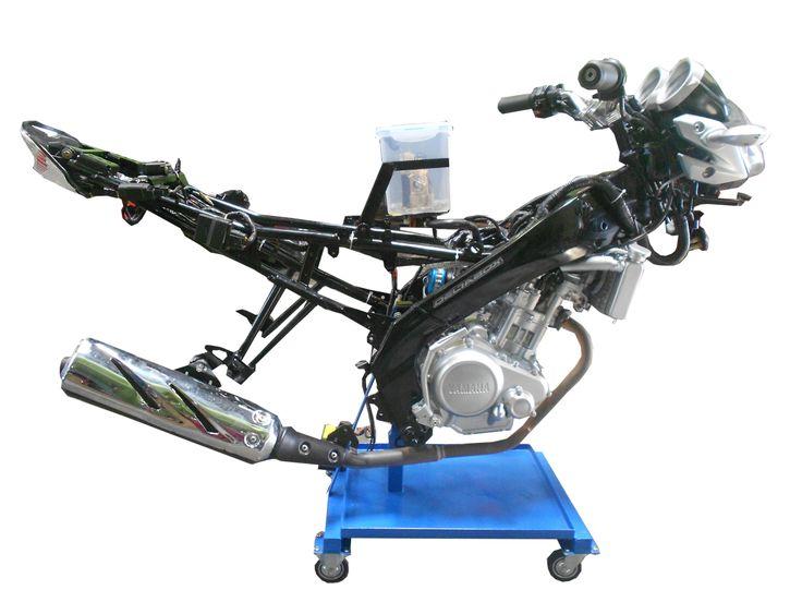 Trainer Sepeda Motor Yamaha Vixion untuk media