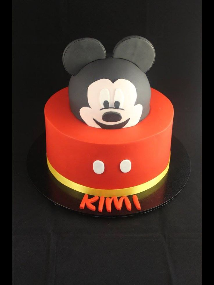 A Mickey Mouse cake for Kimi who is off to work/study at Walt Disney world in Florida!!!