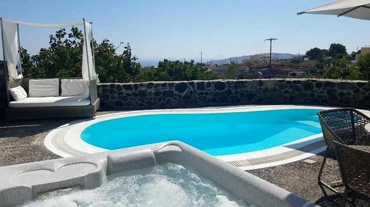 Special Offer at Vedema, A Luxury Collection Resort on Santorini.