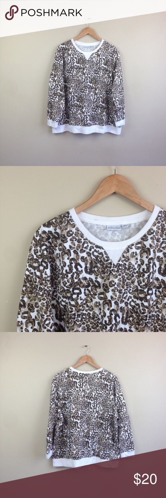 """leopard sweater sweatshirt Kim Rogers plus T129 measurementswhen flat: ~Bust (armpit to armpit) 27"""" ~length (shoulder down side) 27""""  size  2X   PLEASE CONTACT ME with any questions orconcerns beforeor after a purchase! i am here to help! :) Kim Rogers Sweaters Crew & Scoop Necks"""