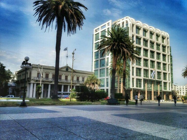 Plaza Independencia, Montevideo.    By Lunatic Photographer Uruguay - LunaticPhotographer.com