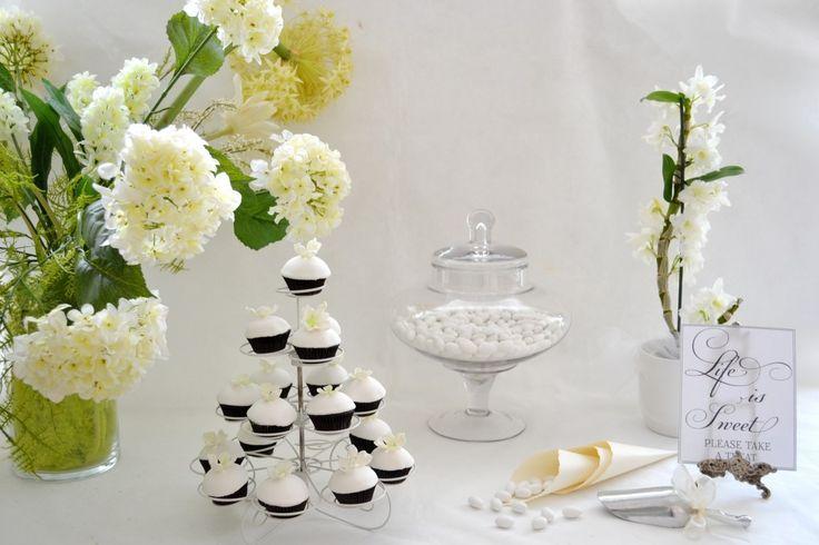 Κουφέτα και Cupcakes με Ορτανσίες