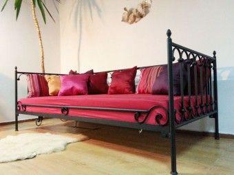 Kovová postel model 8 S