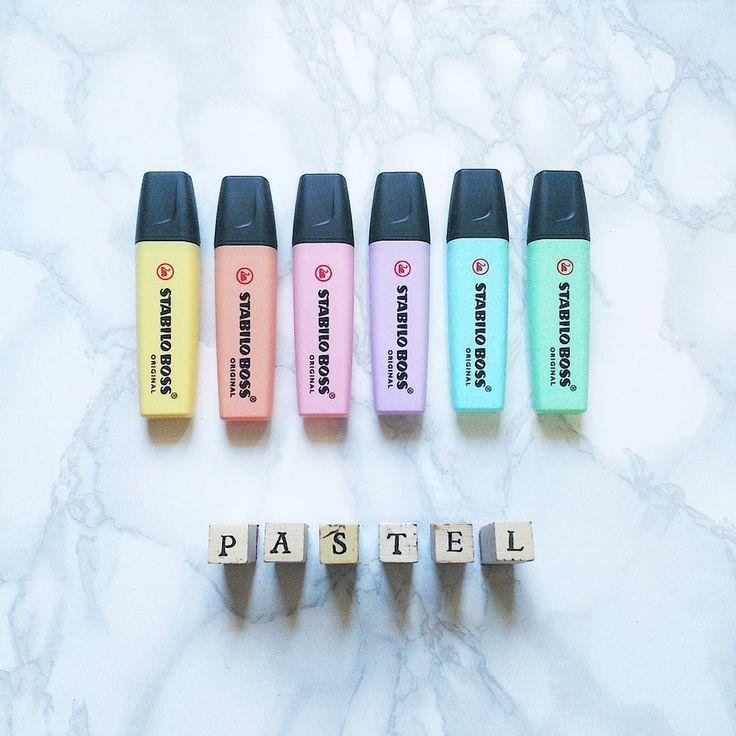 """""""Mi piace"""": 45, commenti: 1 - valentINA de vecCHIS (@inachislifestyle) su Instagram: """"#stabilo #stabilopastel #pastels #pastelcolor #pastelcolors #pastel #evidenziatori #marmo #marble…"""""""