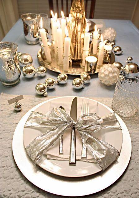 Labores en red 2019 decoraci n mesa fin de a o for Mesas decoradas para navidad