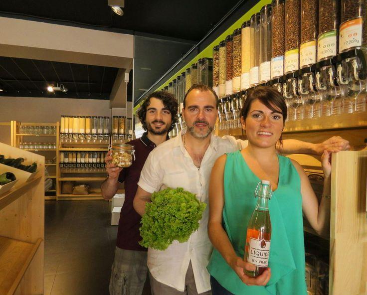 L'ouverture  était initialement prévue mi-juin pour coïncider avec les Fêtes Jeanne-Hachette de Beauvais. Finalement, l'épicerie bio de la pla...