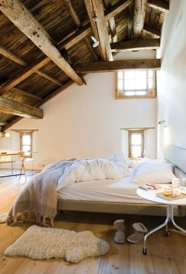 Cozy, cozy.Exposed Beams, Attic Bedrooms, Dreams, Expo Beams, Loft Bedrooms, Guest Bedrooms, High Ceilings, Wood Ceilings, Wood Beams