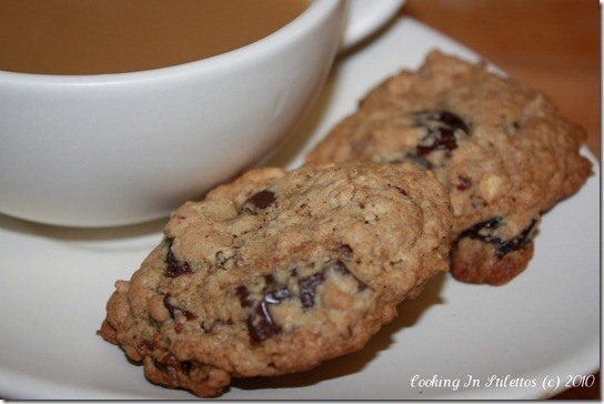 Cherry Chocolate Chunk Cookies http://cookinginstilettos.com/cookie ...