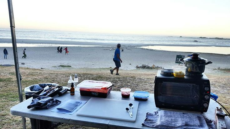 "Reposting #tb to that time @bitsofcarey took her AMC to the beach:  ... ""Office for the day.  #onset #tvc #foodstylistlife #foodstylist #beach #tinyoven #sunrise"""