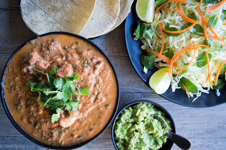 Well Nourished ⎮ Healthy Creamy Mexican Chicken - super quick and easy to make and a delicious, healthy meal. It is dairy-free, gluten-free and family friendly.