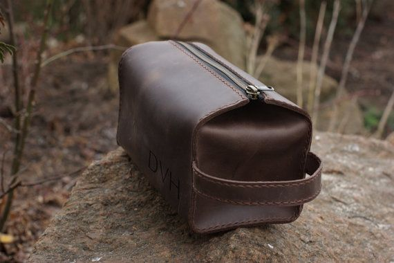 Handmade leather bag, Dopp Kit, Toiletry Case. Handmade! Brown. We personalize the outside, please send the initials (first, middle and last, or first