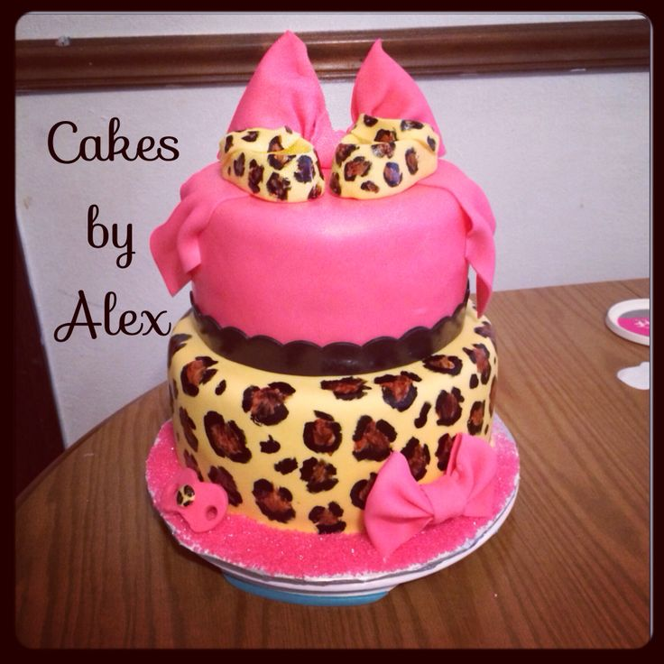 leopard print and pink baby shower cake baby shower cakes