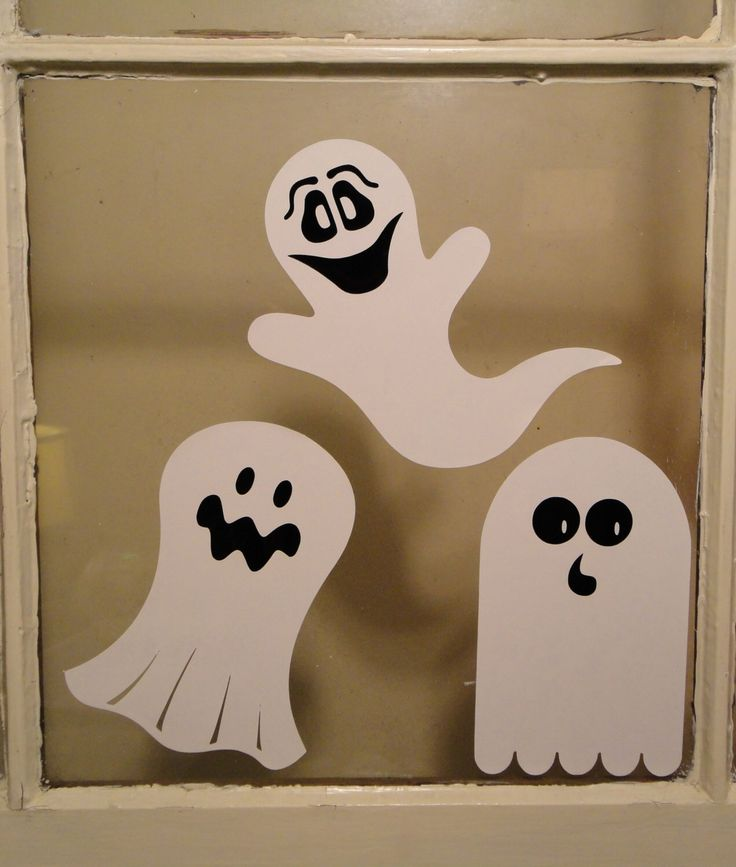 Geesten / kleeft / eng / Halloween / Set van 3 / Decor / decoreren / verwijderbare / herbruikbare / Haunted / Windows / gezichten / Casper door ASignofDesign op Etsy https://www.etsy.com/nl/listing/268962092/geesten-kleeft-eng-halloween-set-van-3