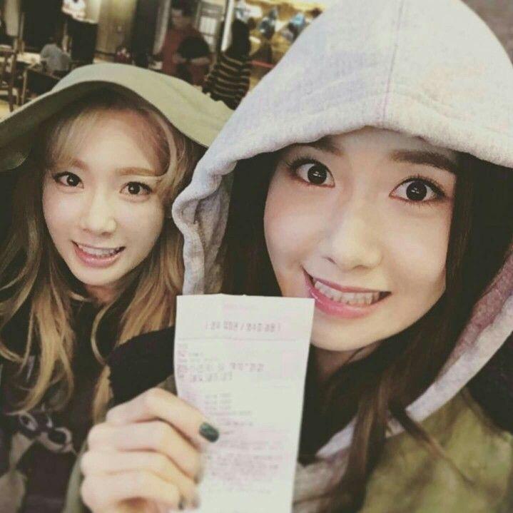 Afbeeldingsresultaat voor snsd yoona and taeyeon
