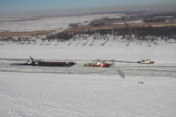 U.S., Canadian Coast Guard Renew to Icebreaking Partnership on Great Lakes and St. Lawrence Seaway