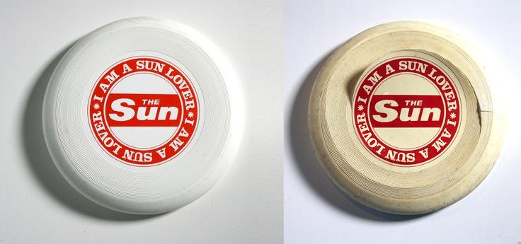 UK made Wham-O Frisbee Sun Newspaper Tool No UK 1
