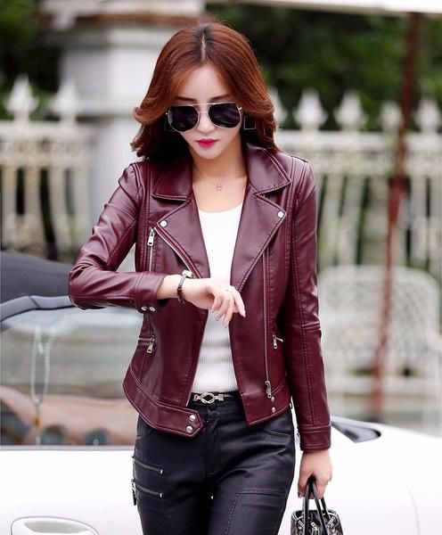 >> Click to Buy << Price $53.24 (INR3450) Gender: WomenOuterwear Type: Leather & SuedeSleeve Length(cm): FullDetachable Part: NoneModel Number: 6602KFStyle: CasualClothing Length: ShortClosure Type: ZipperCollar: Turn-down CollarSleeve Style: RegularMaterial: Faux LeatherDecoration: Zippers
