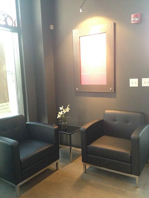 lobby chairs waiting room for heavy guys the joint lakewood co seats http chiropractorlakewoodco thejoint com introductory offer utm source pinterest