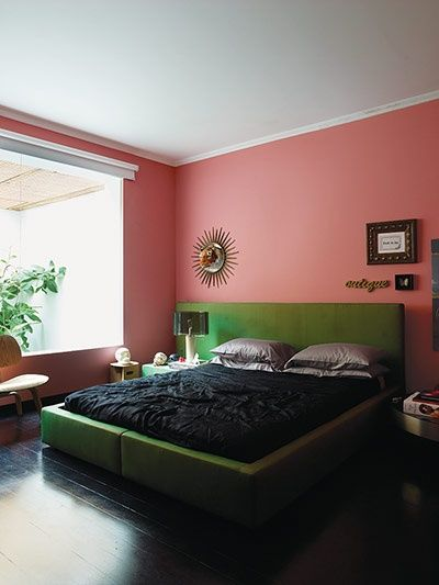 pink bedroom in the home of brazilian architect guilhermo torres in so paulo - Pink Bedroom