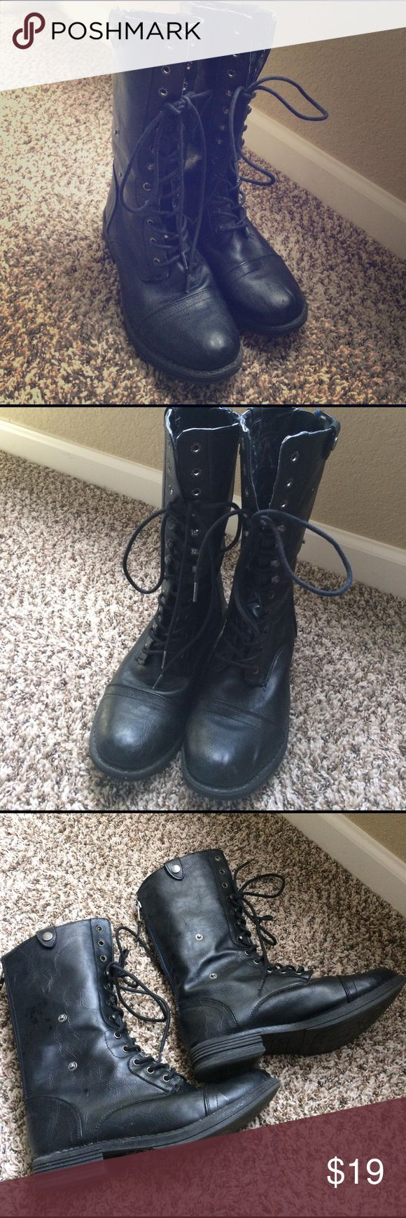 """8.5 Madden Girl Zorrba Versitile Lace Up Boot Used 8.5 Madden Girl Zorrba Versitile Lace Up Black Boot. Very clean still have a lot of life. Wore them a handful of times. Synthetic upper, Lace up, back zipper, optional cuff w/ side snap fasteners, approx 9"""" shaft height uncuffed, tribal fabric lining, synthetic sole. Blue back zipper. Super chic! Madden Girl Shoes Lace Up Boots"""