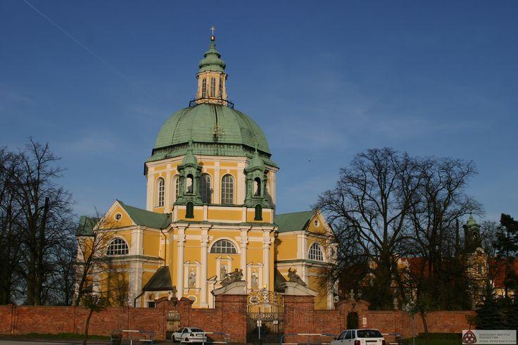 Gostyń-Głogówko - zespół klasztorny Kongregacji Oratorium św. Filipa Neri. Narodowy Instytut Dziedzictwa, CC-BY-SA