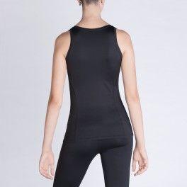 Canotta Anyou, tonifica la pelle, migliora la microcircolazione, riduce l'acido lattico e contrasta la cellulite. Indossala per il fitness e per il tempo libero! Euro 63! Solo su www.anyou.com .Shop now! #fitness #beauty #forma #shame #anticellulite #tshirt #palestra #canotta