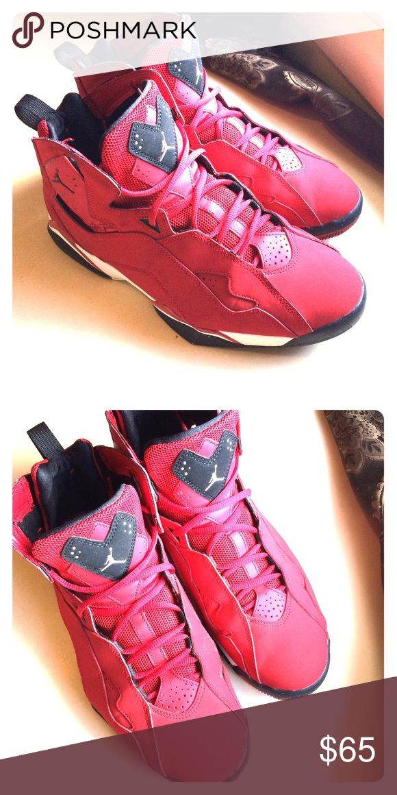 Mens Jordan True Flight Basketball Shoes Look new in good condition only only been used once Jordan Shoes Sneakers