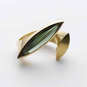 "Angela Hübel - Ring - ""Turmalinschiffchen"", Gold, Turmalin"