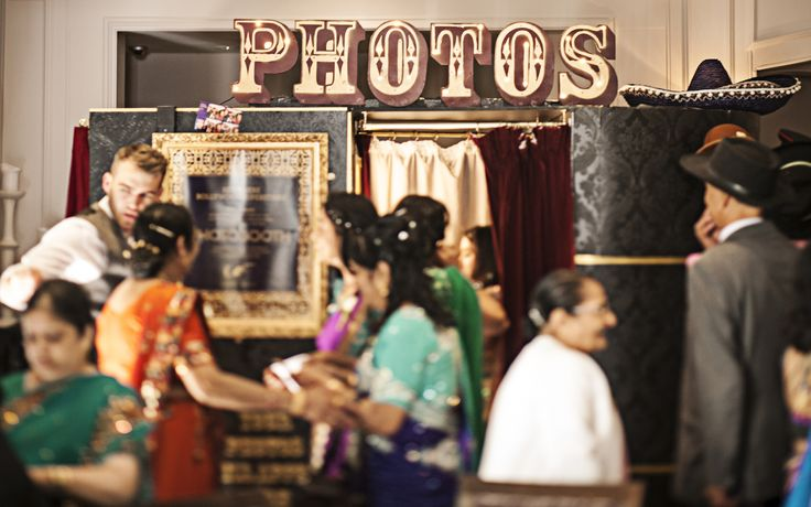 British Vintage Indian Summer Wedding Photo booth | wilmaeventdesign.com | Photography by Chris Parkes