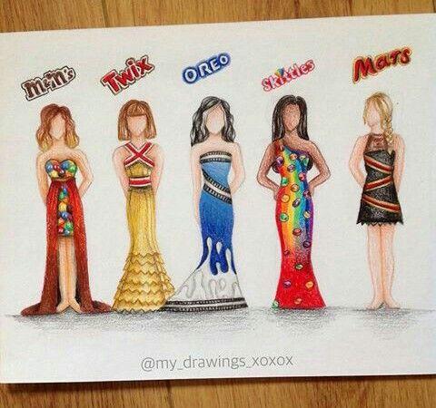 Barbie které mají udělané šaty podle tyčinek.....