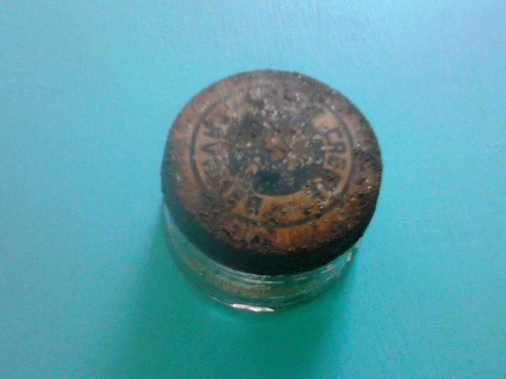 Vintage Cavalier Boot Creme Baltimore Glass Jar with Original Tin Lid