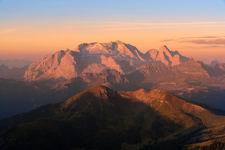 First light on Marmolada - null