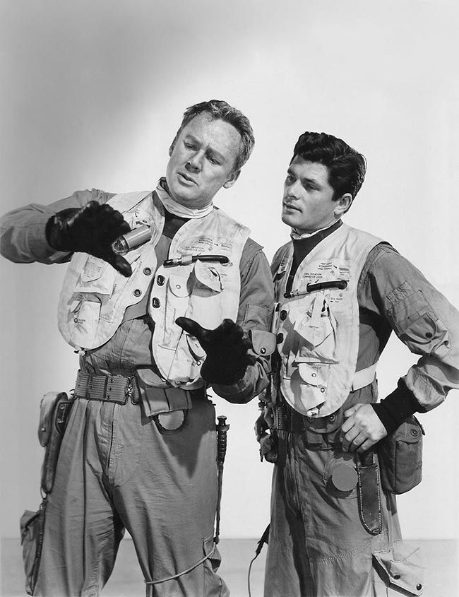 Van Johnson, Dewey Martin -  Men of The Fighting Lady (1954)